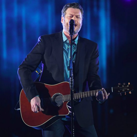 Blake Shelton's Performance at 2017 People's Choice Awards
