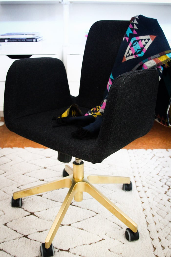 Comfortable, modern, and affordable, an Ikea chair can be the perfect addition to any home office. For a custom look, try spray-painting the base gold before assembling. All you have to do is follow this simple spray-paint tutorial! Source: Hither and Thither