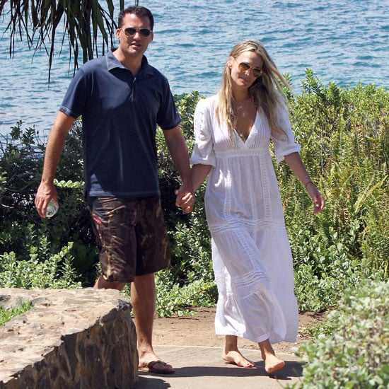 Molly Sims Pictures in Honeymoon in Hawaii With Scott Stuber