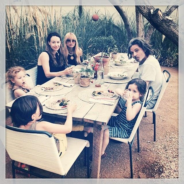 Skyler Berman enjoyed dinner alfresco with his mom, Rachel Zoe, and some friends. Source: Instagram user rachelzoe