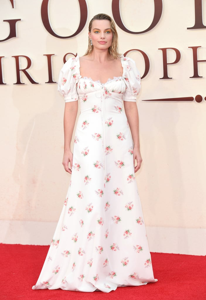 We were all about Margot's romantic look from Brock Collection at the Goodbye Christopher Robin world premiere in London in September 2017. Margot's ensemble was finished with Asprey London jewels and Jimmy Choo shoes.