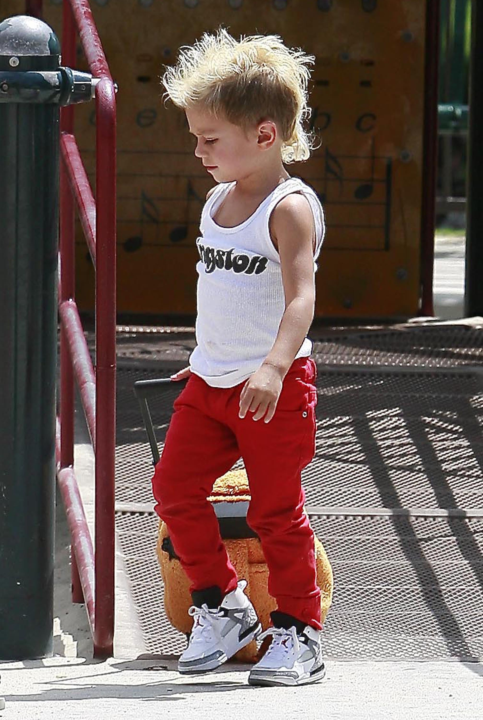 Photos Of Gwen Stefani Kingston Rossdale And Zuma