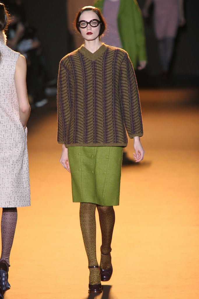 Review and Pictures of Rochas Autumn Winter 2012 Milan Fashion Week Runway Show