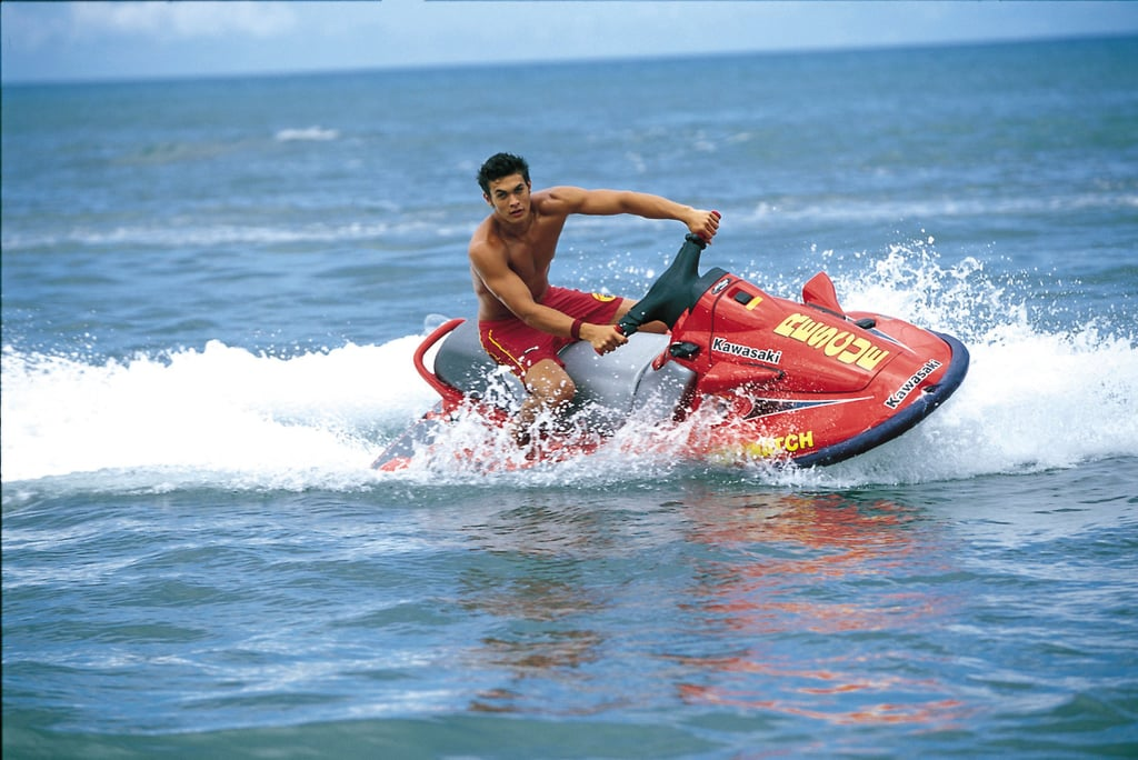 Even back in his Baywatch days, Jason was a shirtless sight to behold.