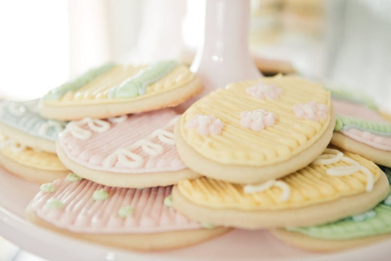 Frosted, egg-shaped cookies made for a great Easter treat. Source: Kaylee Eylander Photography via Jenny Cookies