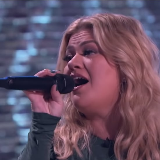 "Voice Coaches Sing ""Neon Moon"" on Kelly Clarkson Show Video"