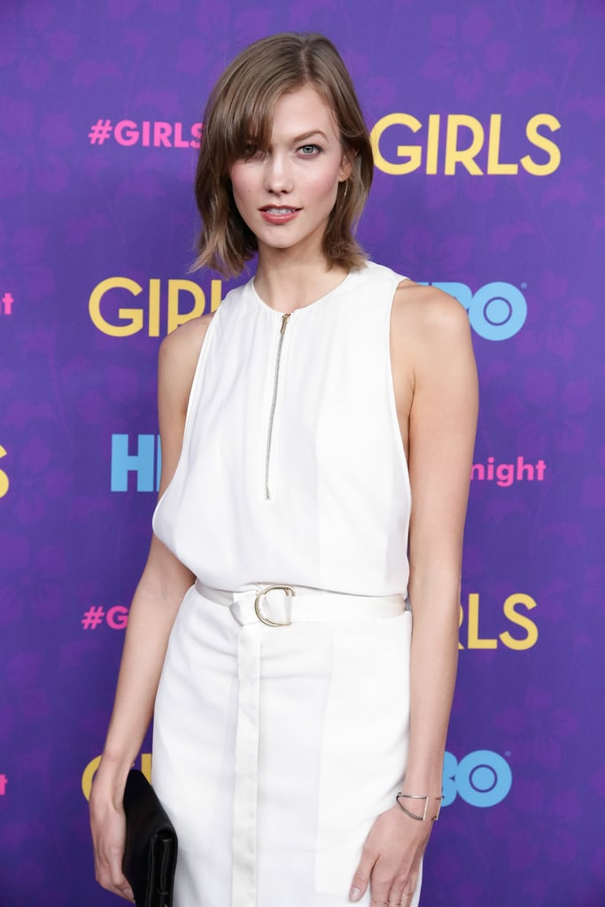 We're used to seeing Karlie Kloss with a sexy smoky eye, but at the Girls premiere, she kept things more neutral. Brown eye shadow, subtle contouring, and a creamy nude lip hue enhanced her natural beauty in an effortless way.