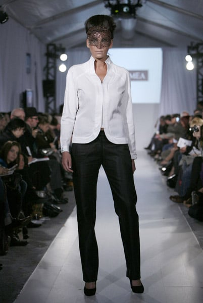 L'Oreal Toronto Fashion Week: Karamea Spring 2009