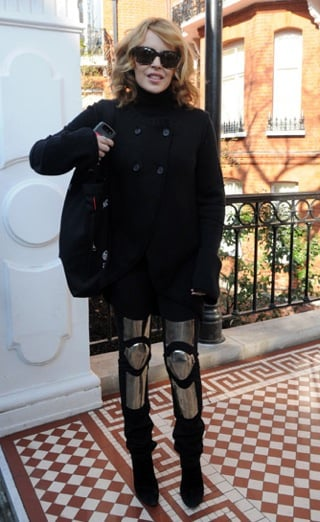 Kylie Minogue Wears Acne's Black Armor Jeans 2010-02-17 18:55:09