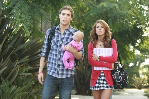 Fake Baby Tracking on the New 90210: Really?!