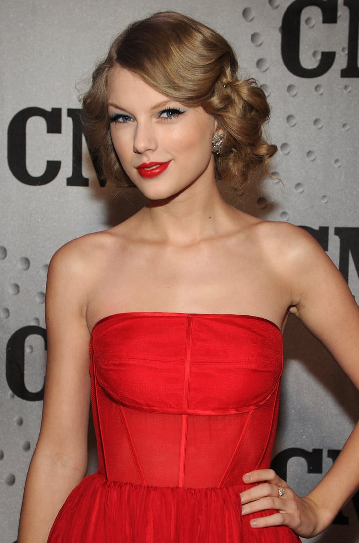 Colourpop Swift A Dupe For Mac Raizin: Taylor Swift's Best Hair And Makeup Looks