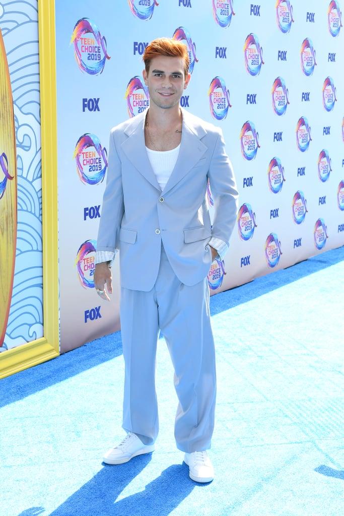 KJ Apa at the 2019 Teen Choice Awards