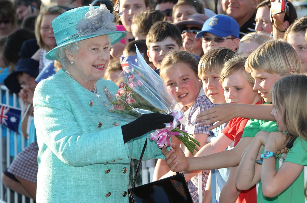 Queen Elizabeth II and Prince Philip Get an Aussie Greeting!