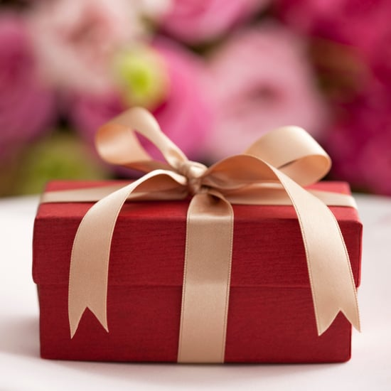 How Long Do You Have to Buy a Wedding Gift?