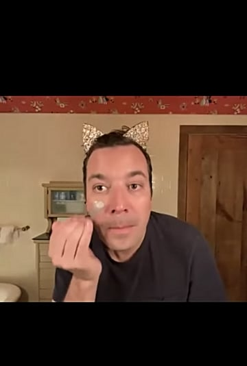 Jimmy Fallon and Jessica Alba Use Face Masks Together Video