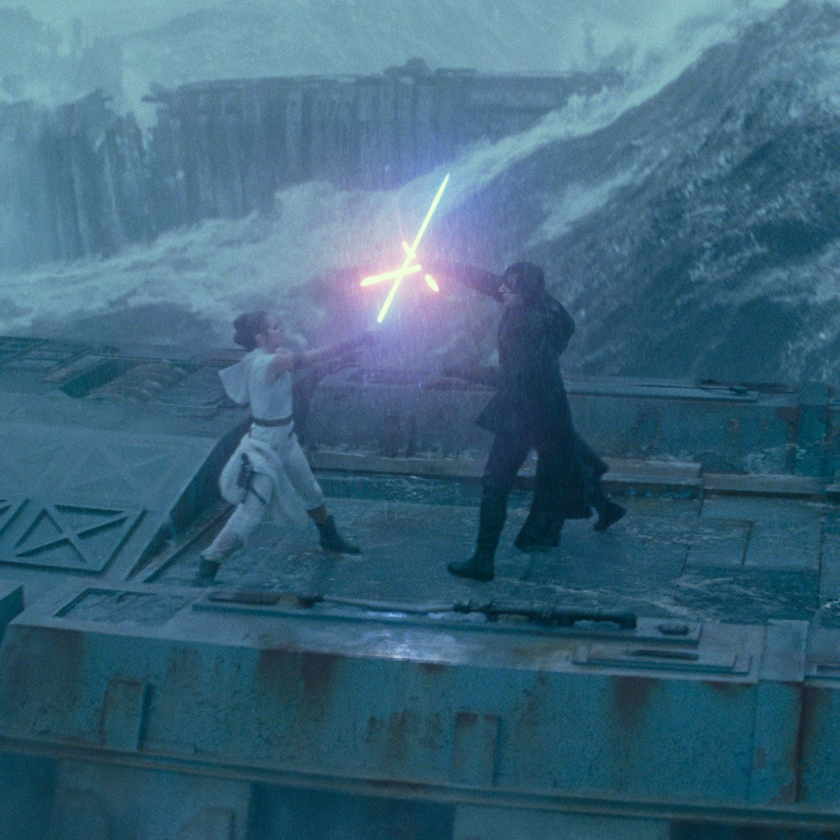 Reactions To Rey And Kylo S Kiss In The Rise Of Skywalker Popsugar Entertainment