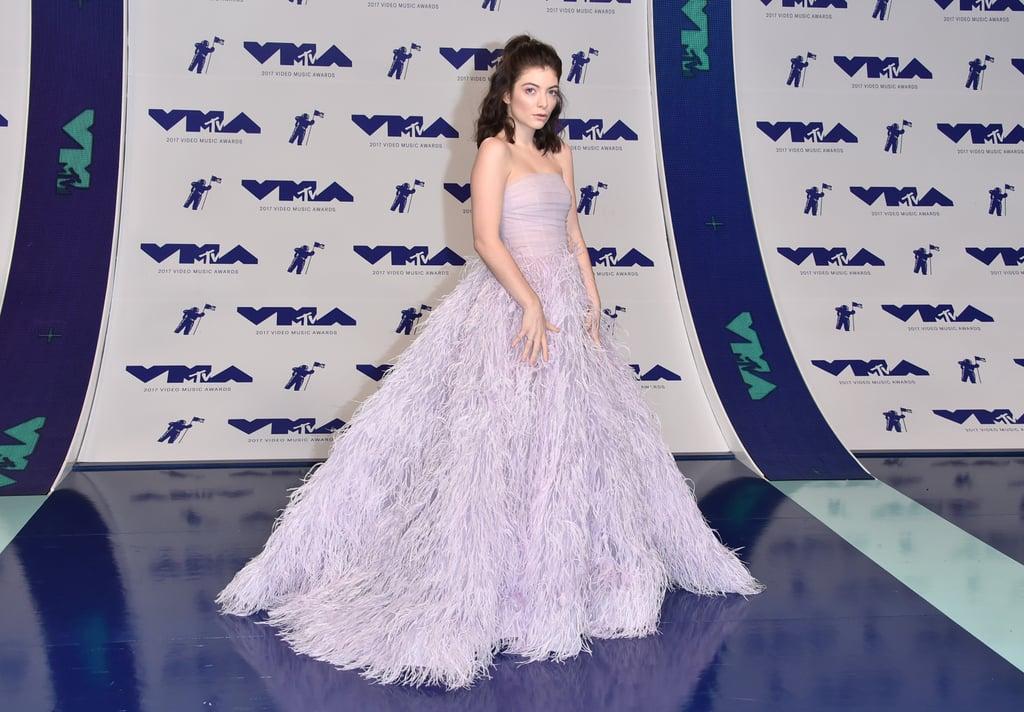 Lorde's Dress at VMAs 2017