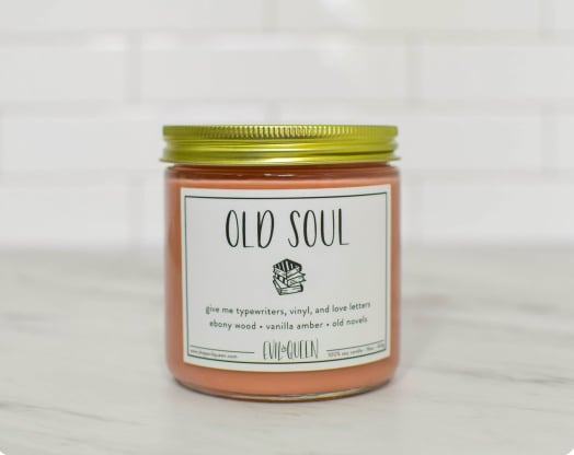 "This Old Soul Candle Smells Like ""Vinyl and Love Letters"""