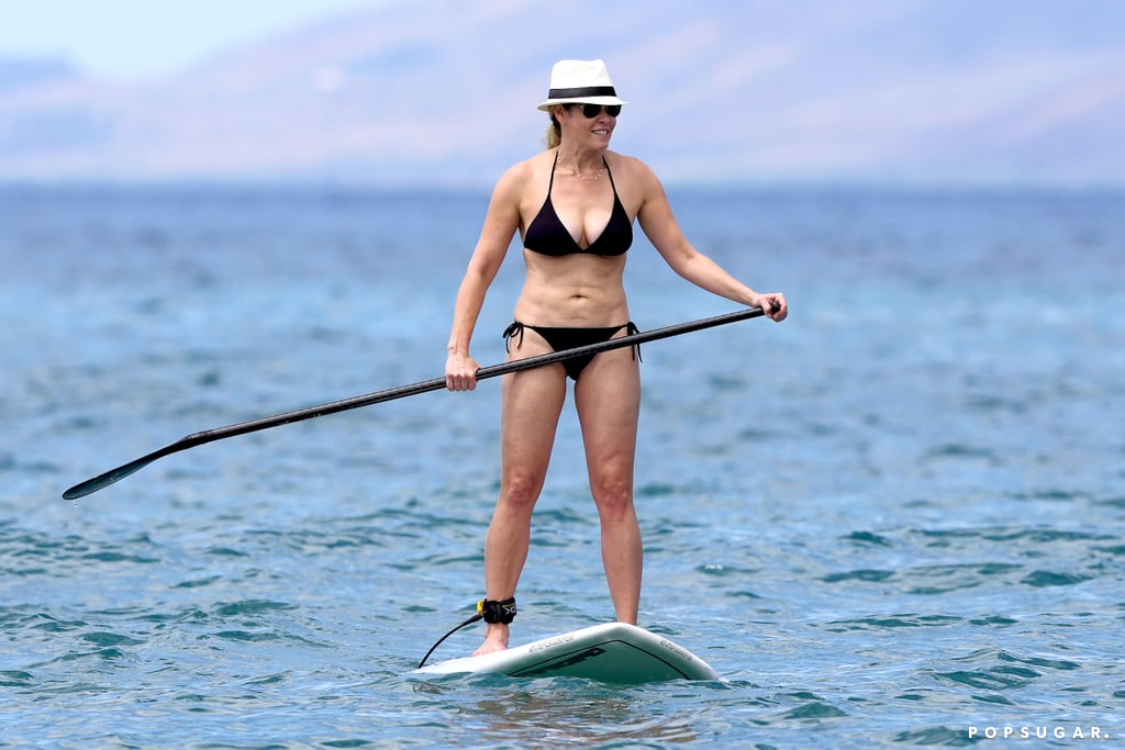 Chelsea Handler showed off her bikini body while paddleboarding in Hawaii.
