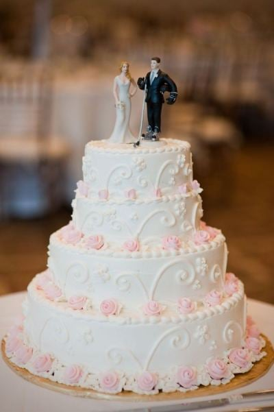Hockey Cake Topper Score Cool Wedding Style With Hockey Inspired Details Popsugar Love Sex Photo 10