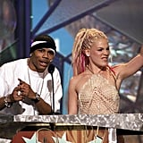 Nelly and Pink, 2001