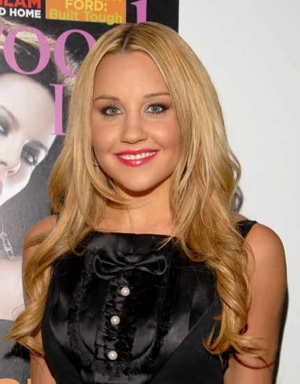 Fab Flash: Amanda Bynes Plays Designer