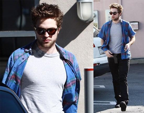 Pattinson Running Errands