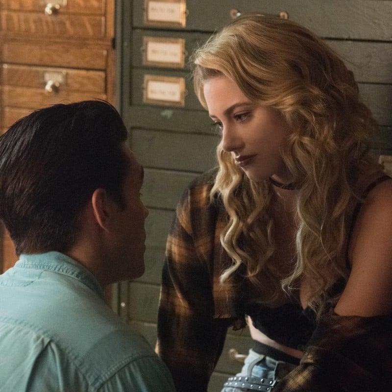 Riverdale Season 3 Flashback Episode Pictures Popsugar Entertainment