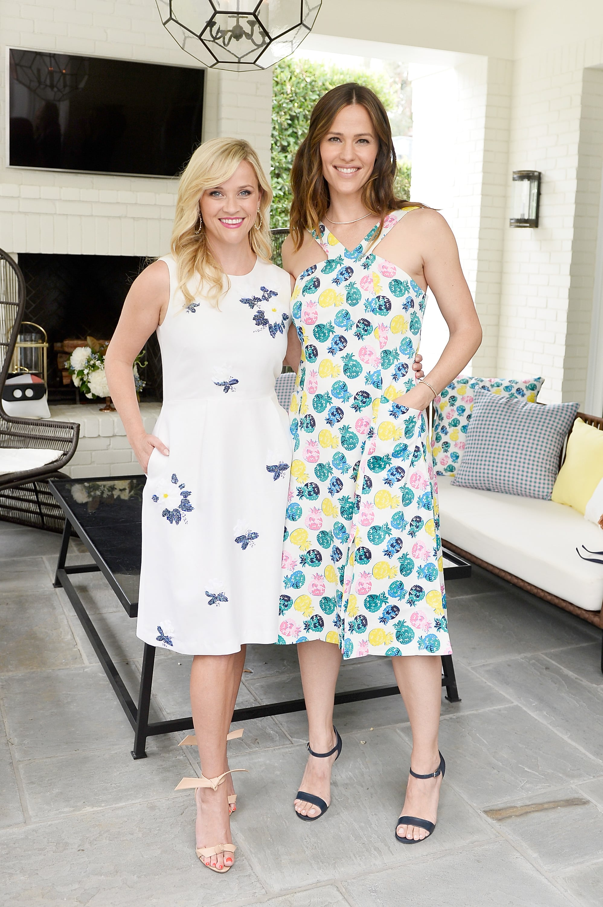 BEVERLY HILLS, CA - JUNE 06:  Reese Witherspoon and Jennifer Garner attend NET-A-PORTER x Draper James Event on June 6, 2017 in Beverly Hills, California.  (Photo by Stefanie Keenan/Getty Images for NET-A-PORTER)