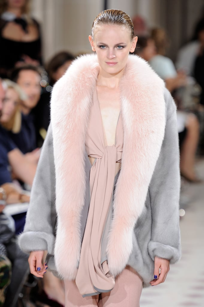 Atelier Gustavolins mixed feminine pink and gray for lovely results.