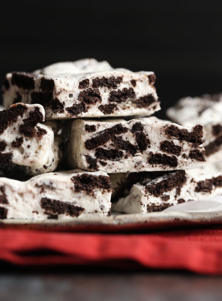 Cookies and Cream Marshmallow Bars