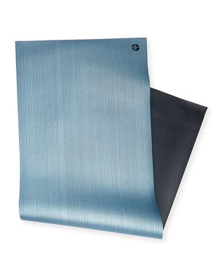 yoga manduka blue mat pro float min retouched