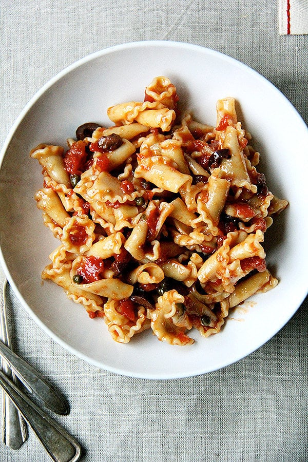 Easy Puttanesca Pasta