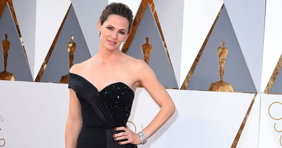 Jennifer Garner's Oscars Dress Was Basically A Torture Device