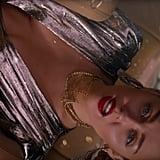 """Miley Cyrus """"Nothing Breaks Like a Heart"""" Beauty Look"""
