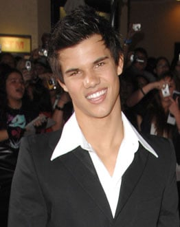 Taylor Lautner Will Reprise His Role as Jacob Black in Twilight Sequel New Moon