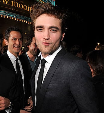 Five Minutes of Just Robert Pattinson at the New Moon Premiere!