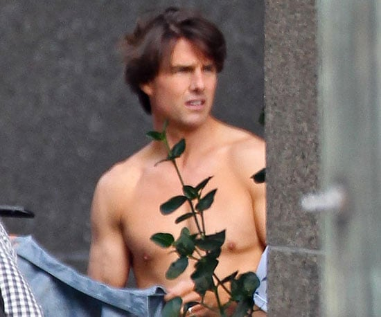 Slide Picture of Tom Cruise Shirtless