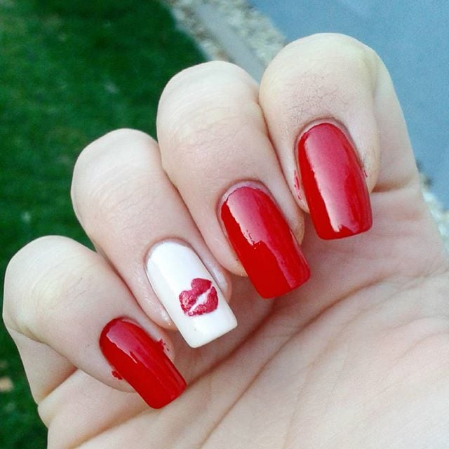 Best valentines day nail art of instagram popsugar beauty best valentines day nail art of instagram solutioingenieria Choice Image