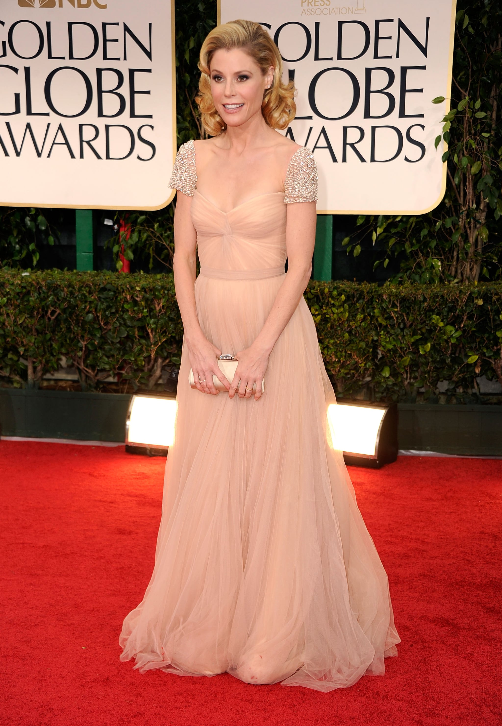 Julie Bowen in Reem Acra at the Golden Globes.