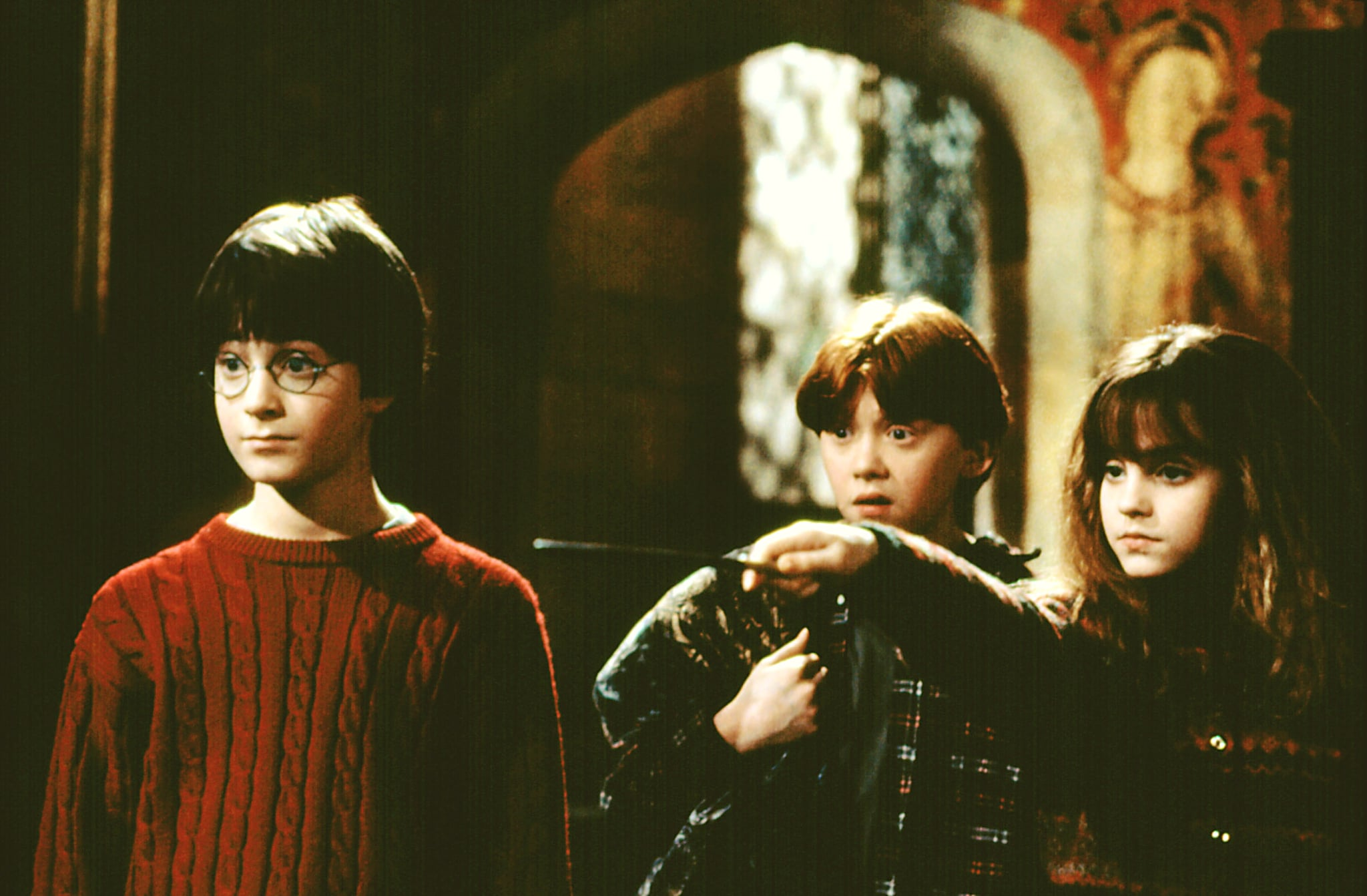 HARRY POTTER AND THE SORCERER'S STONE, Daniel Radcliffe, Rupert Grint, Emma Watson, 2001