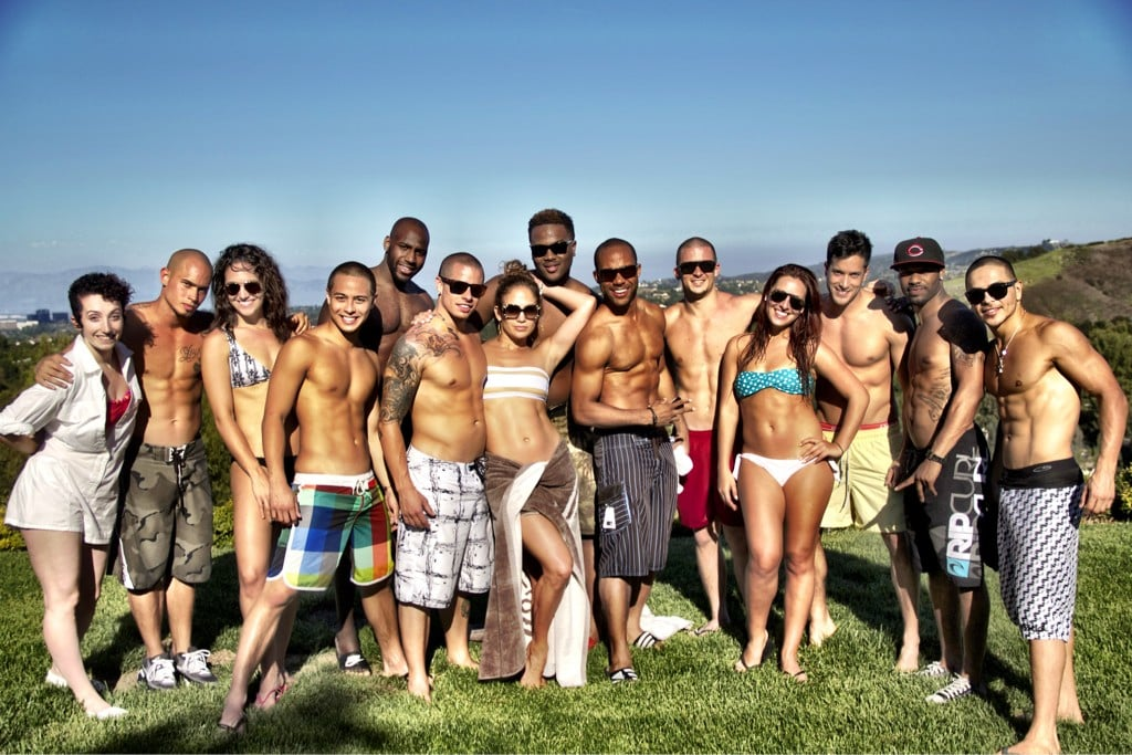 Jennifer Lopez and her dancers, including boyfriend Casper Smart, enjoyed a barbecue after their rehearsal. Source: Twitter User JLo