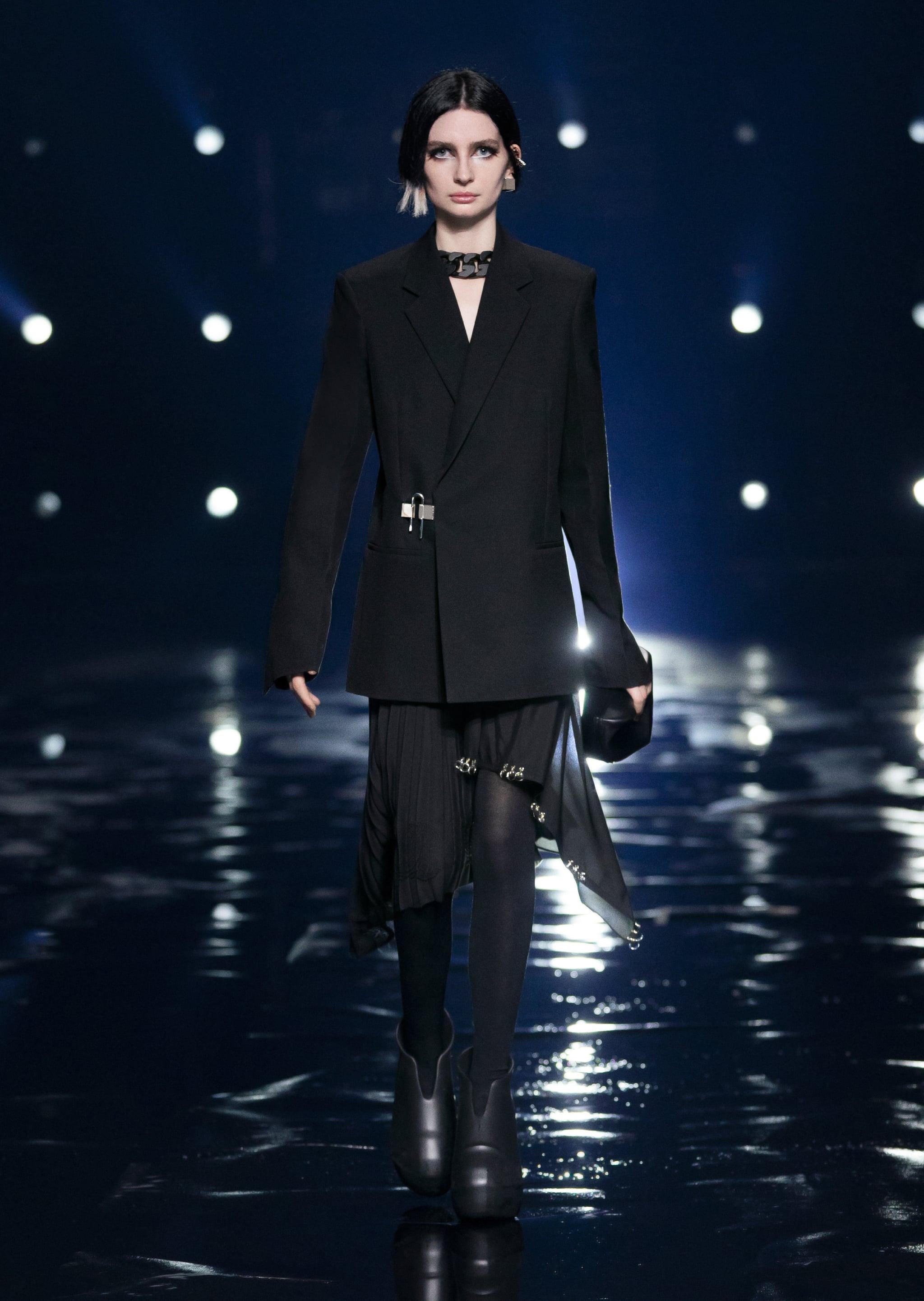 Paul Walker's Daughter, Meadow, Just Made Her Runway Debut | POPSUGAR  Fashion