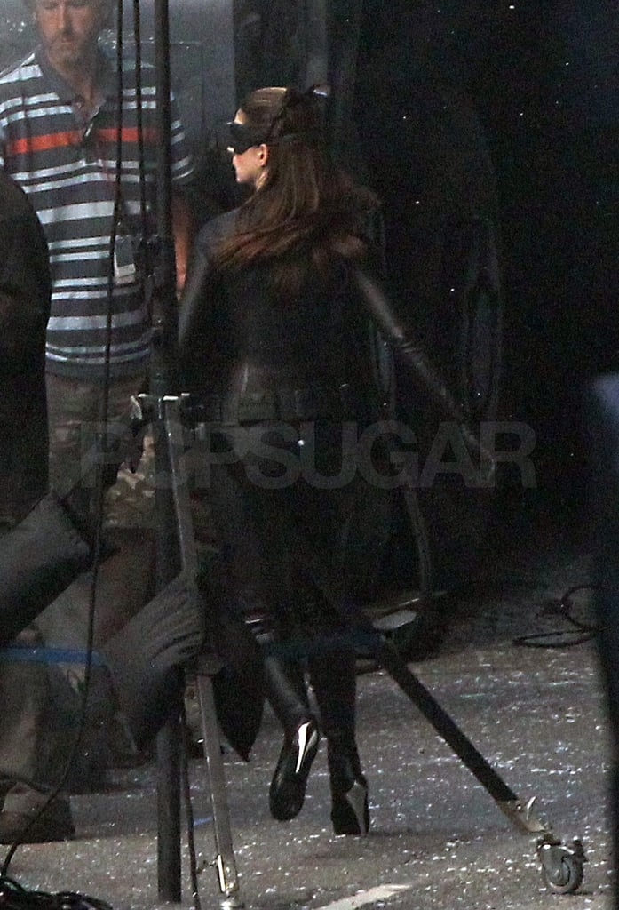 Anne Hathaway showed off the back side of her catsuit.