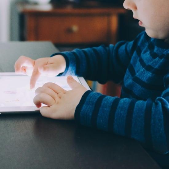Kids Using iPads at Restaurants