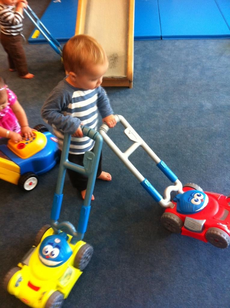 Lil Arthur Bleick looked ready to mow the carpet with friends. Source: Twitter user SelmaBlair