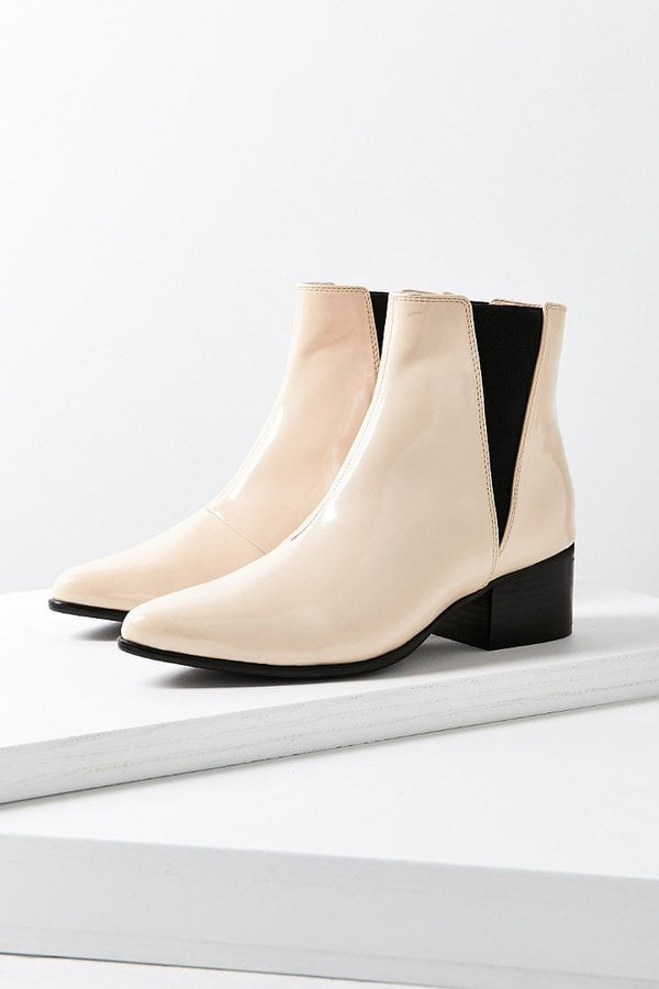 6988602a04ef Urban Outfitters Pola Chelsea Boot