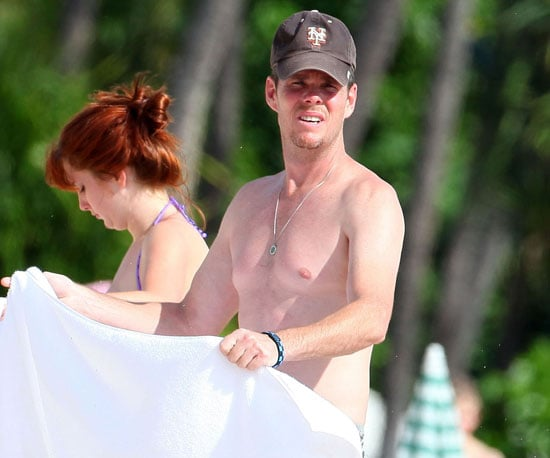 Slide Picture of Kevin Dillon Shirtless in Hawaii