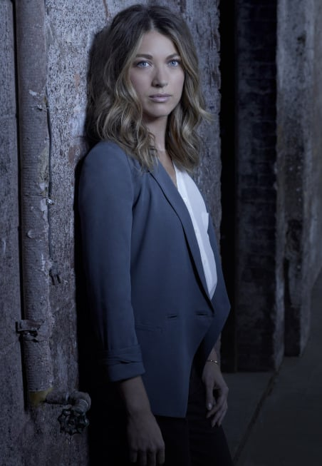 Natalie Zea as Claire Matthews in The Following.