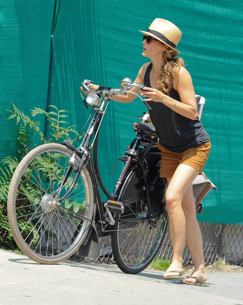 When She Had to Push That Damn Bike Uphill in the Scorching Heat and Did It Like a Boss
